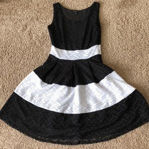 Dresses & Skirts - Black and white eyelet dress